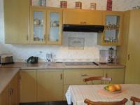 Kitchen - 30 square meters of property in Greenhills