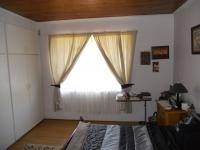 Bed Room 1 - 26 square meters of property in Trafalgar