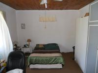 Main Bedroom - 29 square meters of property in Trafalgar