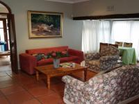 Lounges - 35 square meters of property in Hermanus