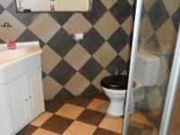 Bathroom 2 - 7 square meters of property in Dalview