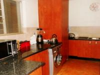 Kitchen - 14 square meters of property in Clubview