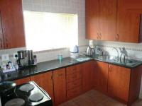 Kitchen - 18 square meters of property in Suiderberg