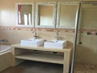 Main Bathroom - 21 square meters of property in Midstream Estate