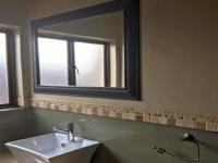 Bathroom 3+ - 57 square meters of property in Midstream Estate