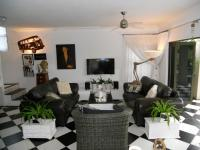 Lounges - 41 square meters of property in Ballito