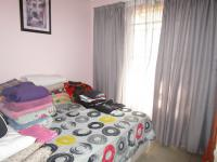 Bed Room 2 - 10 square meters of property in Lenasia South