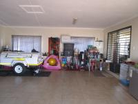 Spaces - 2 square meters of property in Lenasia South