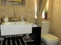 Guest Toilet - 3 square meters of property in Noordheuwel