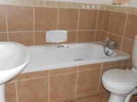 Bathroom 1 - 5 square meters of property in Mooikloof Ridge
