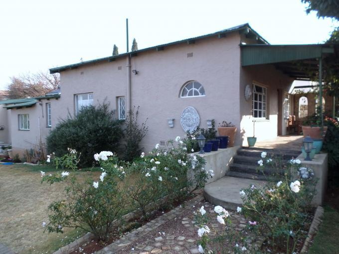 4 Bedroom House For Sale in Krugersdorp - Home Sell - MR134419