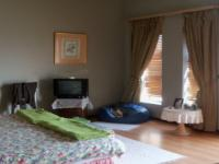 Main Bedroom - 40 square meters of property in Pretoria North