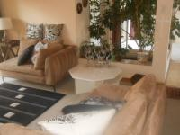 Lounges - 23 square meters of property in Faerie Glen
