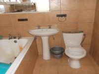 Main Bathroom of property in Port Elizabeth Central