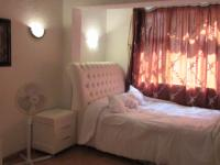 Main Bedroom - 17 square meters of property in Windsor