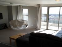 Lounges - 33 square meters of property in Observatory - CPT