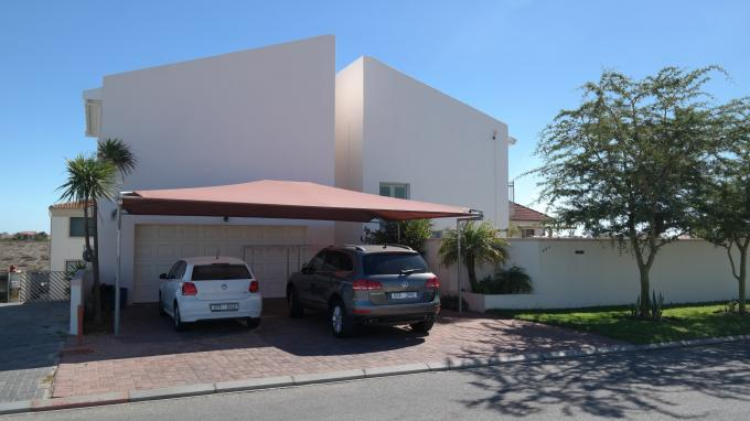 4 Bedroom House for Sale For Sale in Port Owen - Home Sell - MR134576