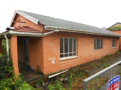 Standard Bank Repossessed 3 Bedroom House on online auction in Ocean View - DBN - MR13468