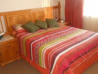Main Bedroom - 18 square meters of property in Pretoria North