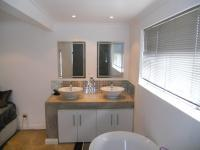 Main Bathroom - 10 square meters of property in Durban North