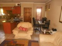 Lounges - 24 square meters of property in Bloubosrand
