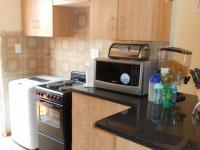 Kitchen - 9 square meters of property in The Orchards