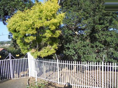 Standard Bank Repossessed 3 Bedroom House For Sale in Waterfall - MR13477