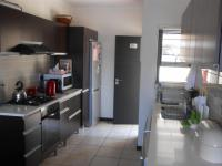 Kitchen - 11 square meters of property in Greenstone Hill