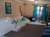 Lounges - 22 square meters of property in Weltevreden Valley