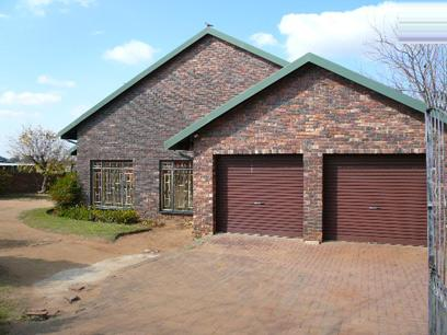 Standard Bank Repossessed 4 Bedroom  House For Sale in Bronkhorstspruit - MR13496