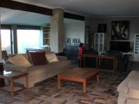 Lounges - 41 square meters of property in Park Rynie