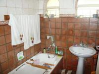 Bathroom 1 - 5 square meters of property in Weavind Park