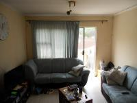 Lounges - 10 square meters of property in Woodhaven