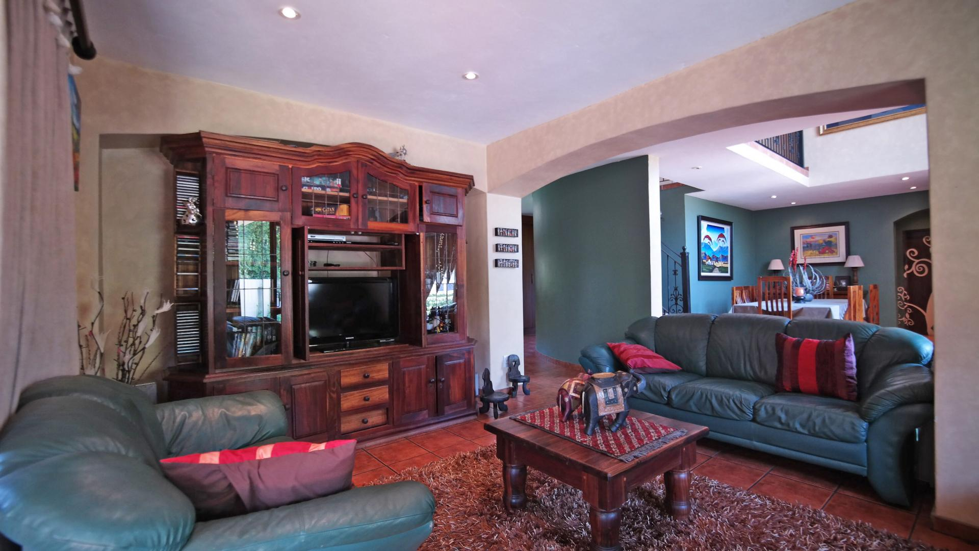 TV Room - 18 square meters of property in Silver Lakes Golf Estate