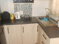 Kitchen - 15 square meters of property in Soshanguve