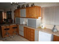 Lounges - 24 square meters of property in Klerksdorp
