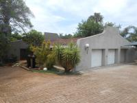 4 Bedroom 2 Bathroom House for Sale for sale in Weltevreden Park
