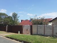 3 Bedroom 2 Bathroom Cluster for Sale for sale in Bosmont