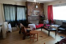 Lounges - 30 square meters of property in Bot River