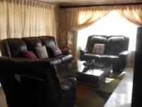 Lounges - 19 square meters of property in Danville