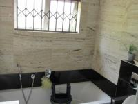 Main Bathroom - 10 square meters of property in Springfield - DBN