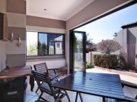 Patio - 15 square meters of property in The Wilds Estate
