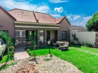 2 Bedroom 3 Bathroom House for Sale for sale in Roodepoort West
