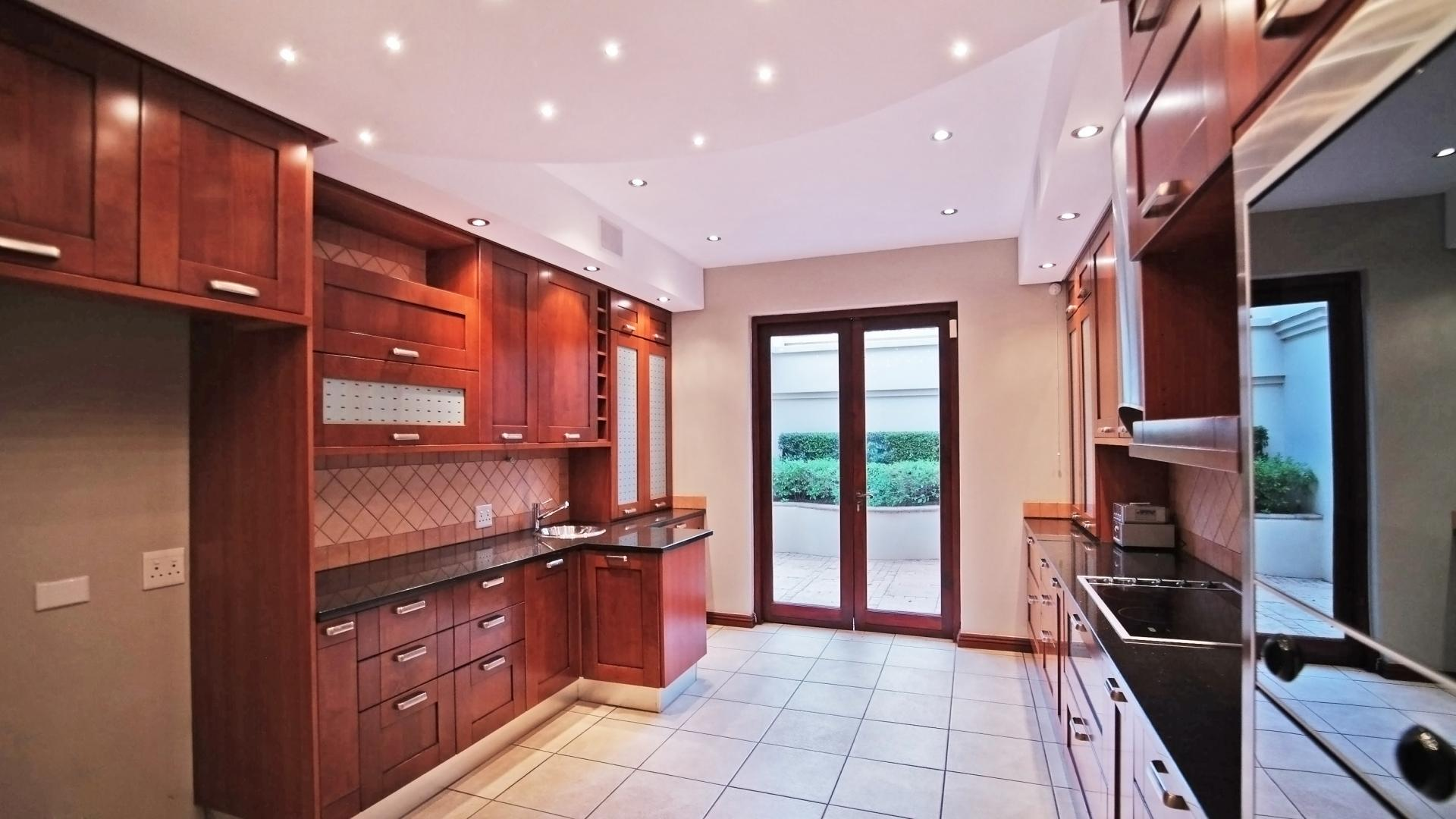Kitchen - 16 square meters of property in Boardwalk Manor Estate