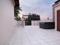 Balcony - 122 square meters of property in Boardwalk Manor Estate