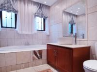Bathroom 1 - 7 square meters of property in Boardwalk Manor Estate