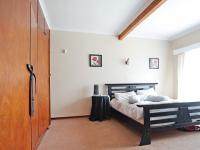 Main Bedroom - 20 square meters of property in Waterkloof Ridge