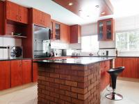 Kitchen - 18 square meters of property in Moreletapark