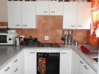 Kitchen - 11 square meters of property in Westonaria