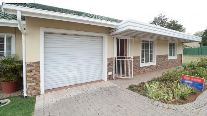 Retirement Home for Sale For Sale in Ninapark - Private Sale - MR135830